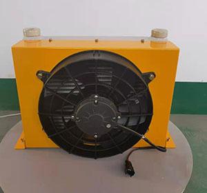 云梯车用风冷却器