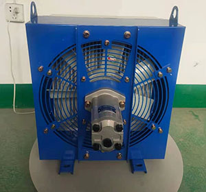 水井钻机用液压油散热器