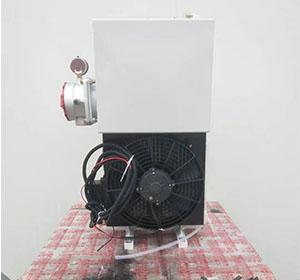 混凝土搅拌车用16升液压油散热器