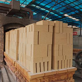 高鋁質隔熱耐火磚