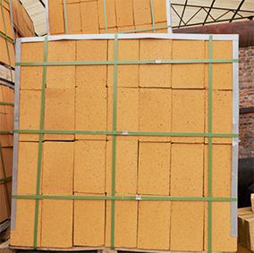 水泥窑用抗剥落高铝砖