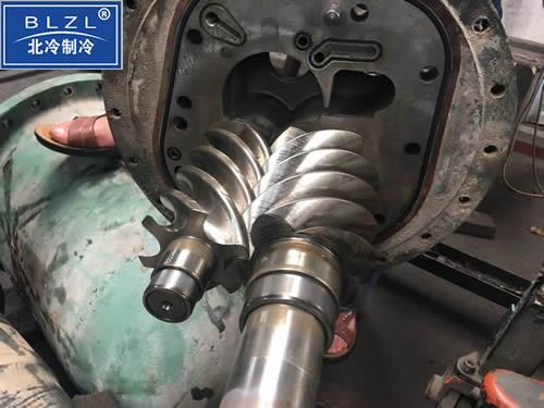 螺杆制冷机组维修