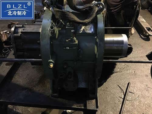 螺杆制冷机组维修保养
