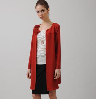 【图文】风衣外套怎么搭配_风衣外套毛呢和冰棉风衣的特点