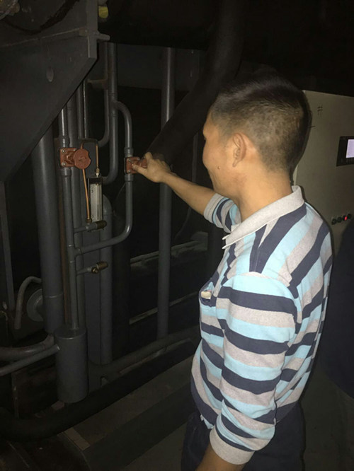 中央空调溴化锂主机大修