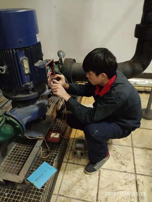 水系统水泵电机维修