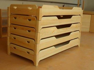 幼儿园实木家具