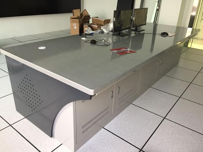 武漢監控電視牆控製台表麵劃傷的處理步驟介紹 操作台的應用及設計理念介紹