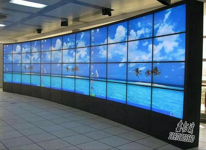 武汉监控立杆控制台表面划伤如何处理呢 怎样选择襄阳监控机柜呢