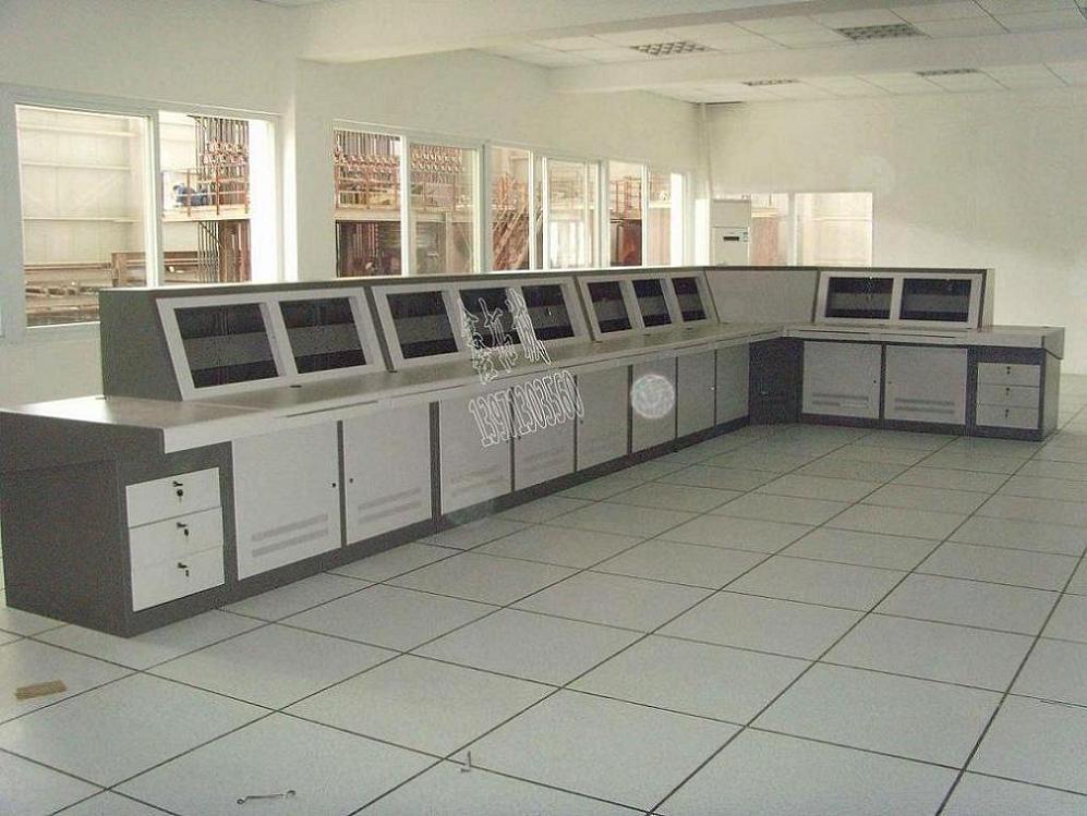 武汉监控操作台告诉您监控立杆的生产标准 安装监控立杆要注意哪些