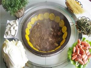 【图文】地锅炖加盟分析餐饮行情 特色炖锅加盟中心