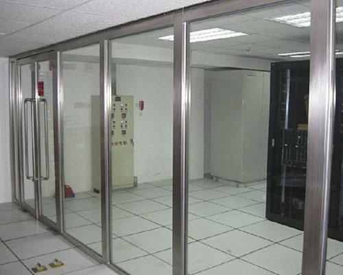 不锈钢玻璃门厂家