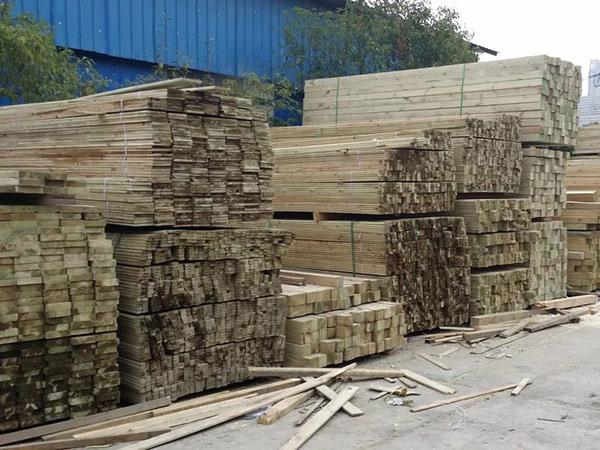 贵州防腐木厂