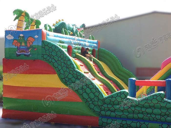 儿童游乐场