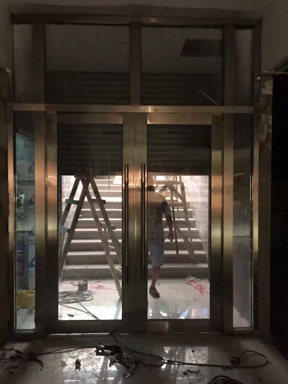 不锈钢防火玻璃门