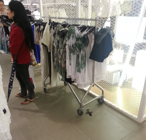 匯川區不鏽鋼服裝道具