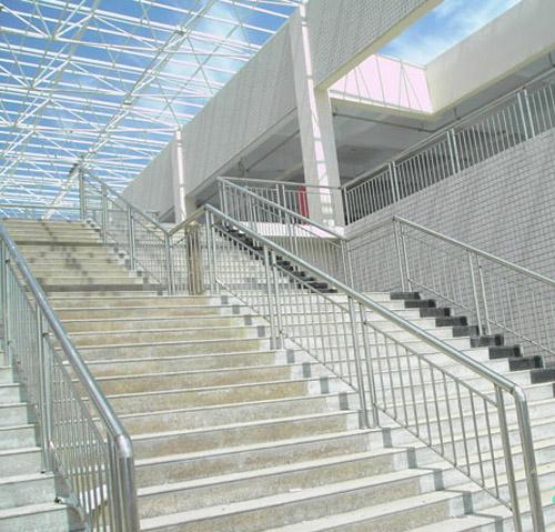 u优发国际楼梯扶手