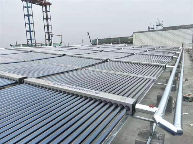 成都大宝化工制品宿舍太阳能热水系统