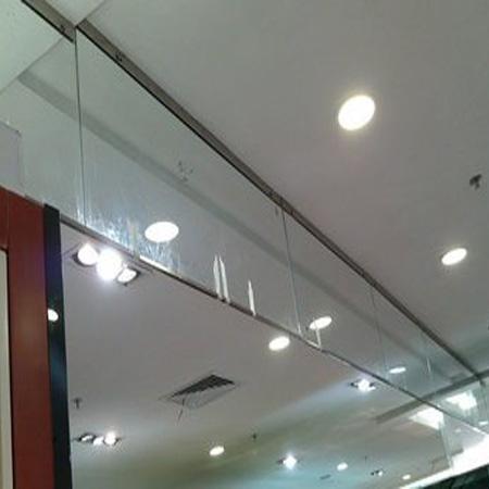 固定帘片式挡烟垂壁