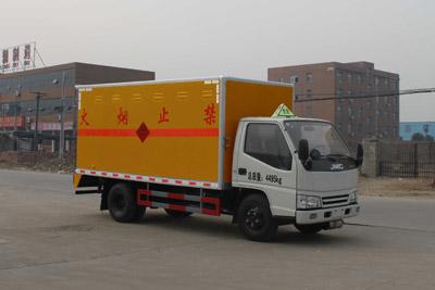 贵州爆破器材运输车