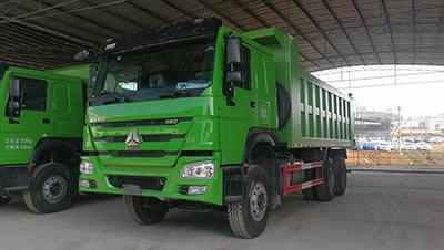 清镇公路运输车