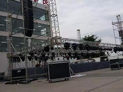 舞台搭建方式