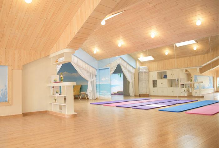 妈妈瑜伽室