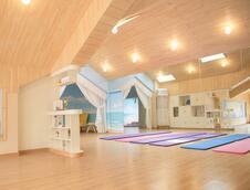 阳光瑜伽室