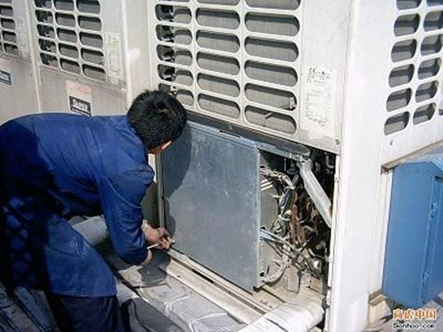 家用中央空调保养