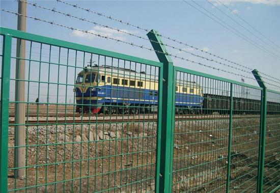 四川铁路防护网