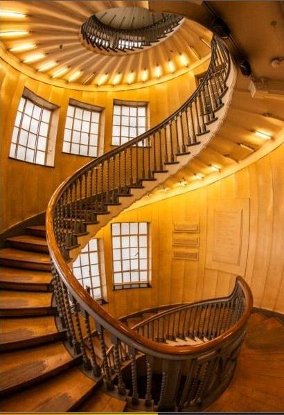 遵义室内木楼梯安装