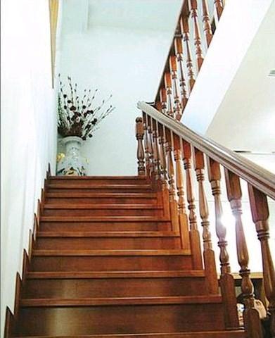 贵州室内木楼梯