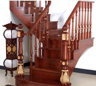 遵义实木楼梯安装