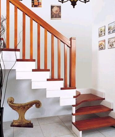 贵州实木楼梯安装