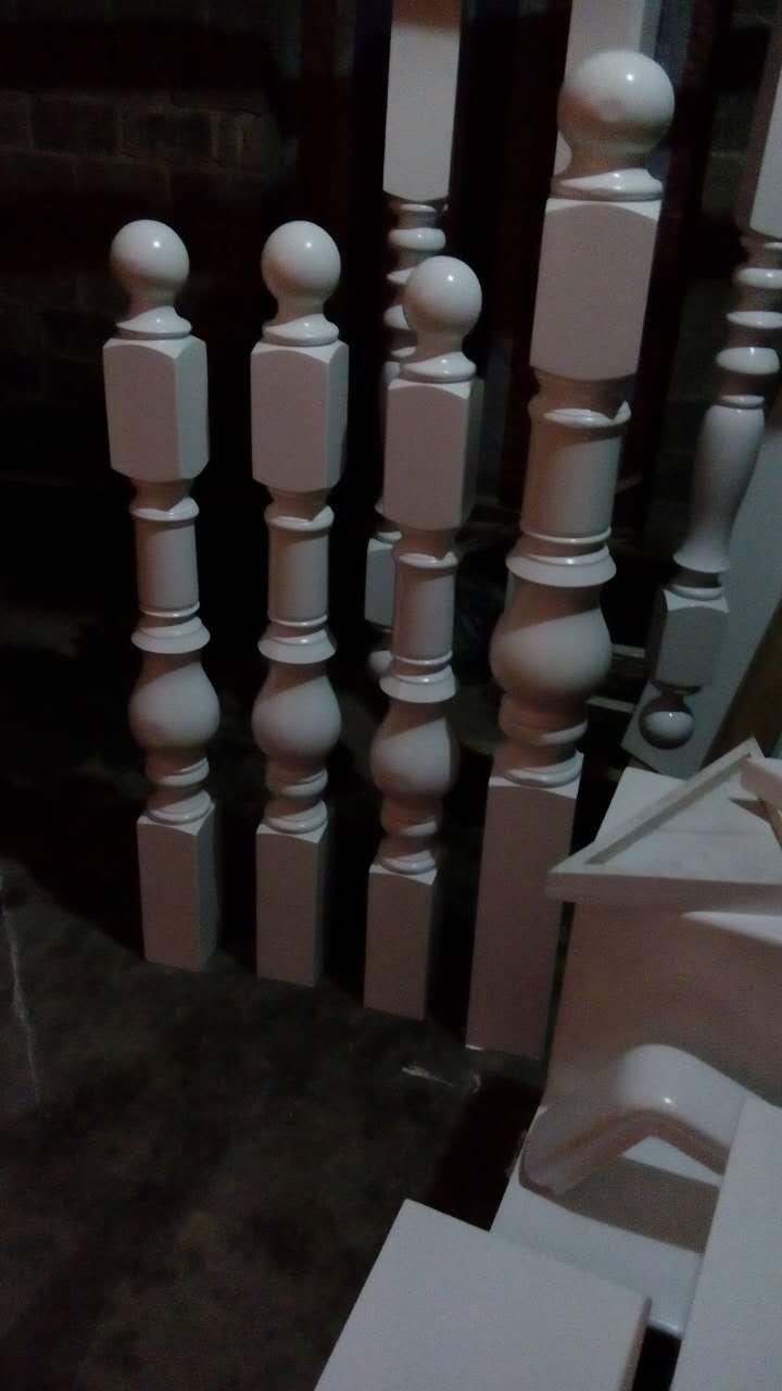 遵义木楼梯柱子