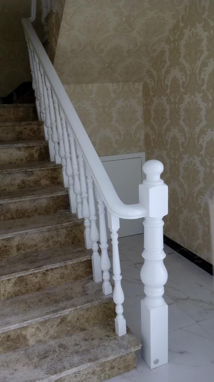 贵州木楼梯扶手设计