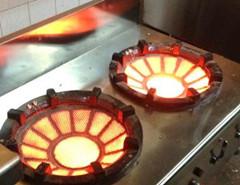 超节能无焰储能低汤灶