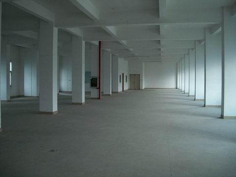 独院分租二楼1600平方厂房出租