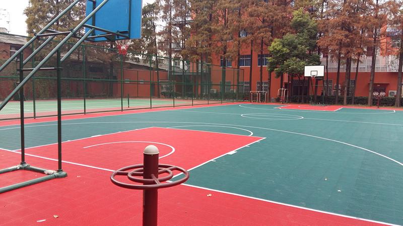 党校篮球场网球场