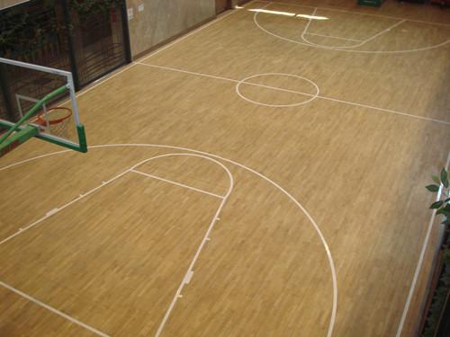 武汉室内篮球场黄石体育木地板如何维护 武汉篮球场建设分享篮球场面层产品有什么特性