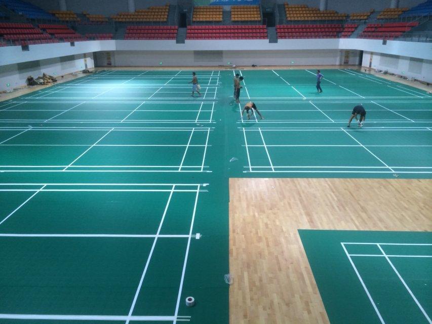 洪山体育馆木地板