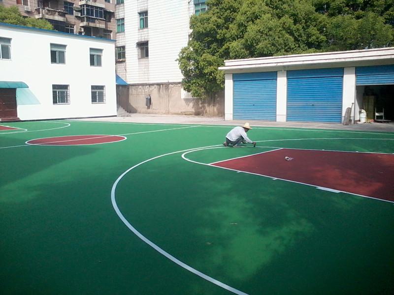 汉南室外篮球场