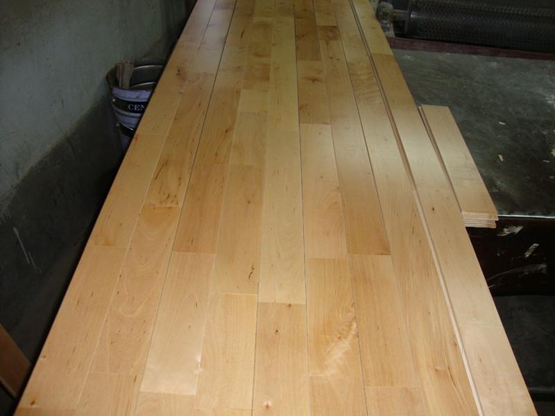 运动木地板安装