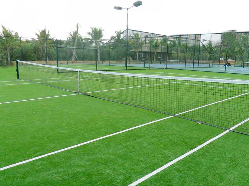 人造草网球场