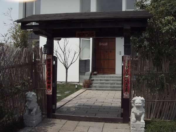 武汉防腐木门头装饰