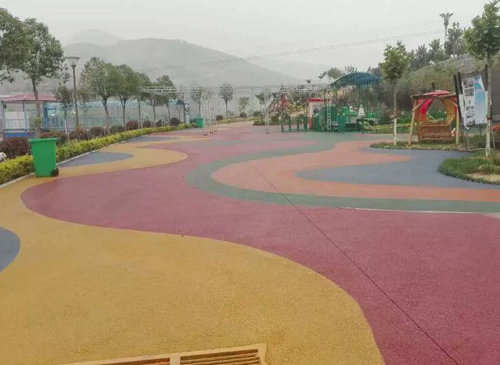 安徽郑州彩色透水混凝土施工