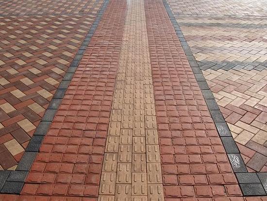 生态透水砖铺设