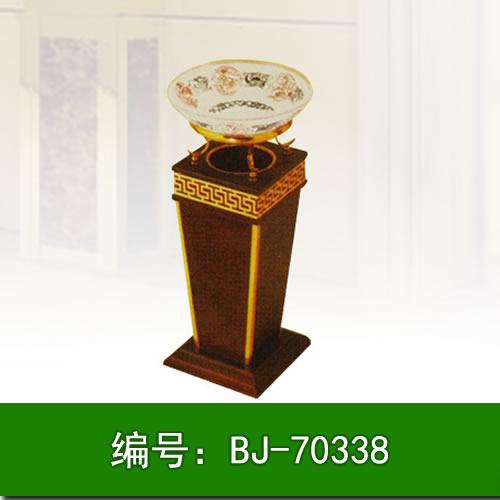 【技巧】石家庄垃圾箱的不同材质 垃圾桶与周围环境的统一