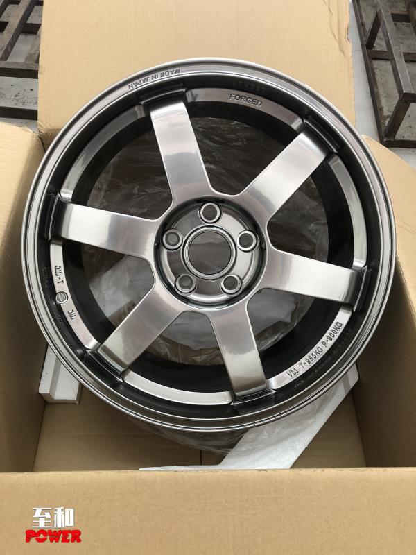 凯迪拉克18寸锻造轮毂