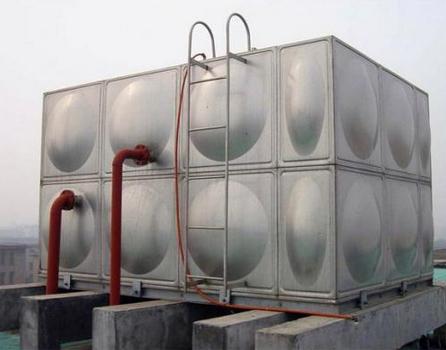 沙市不锈钢水箱厂家